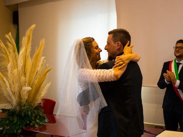 Il matrimonio di Emanuele e Teresa a San Vincenzo, Livorno 7