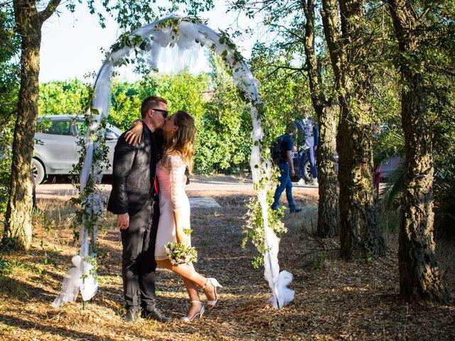Il matrimonio di Emanuele e Teresa a San Vincenzo, Livorno 14