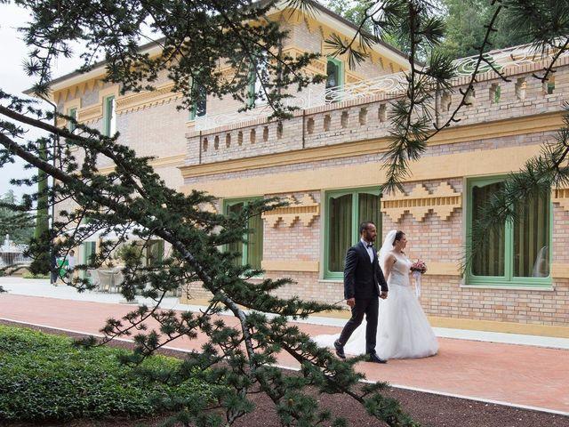 Il matrimonio di Sara e Francesca a Fermo, Fermo 10