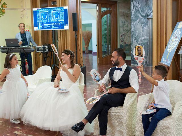 Il matrimonio di Sara e Francesca a Fermo, Fermo 17