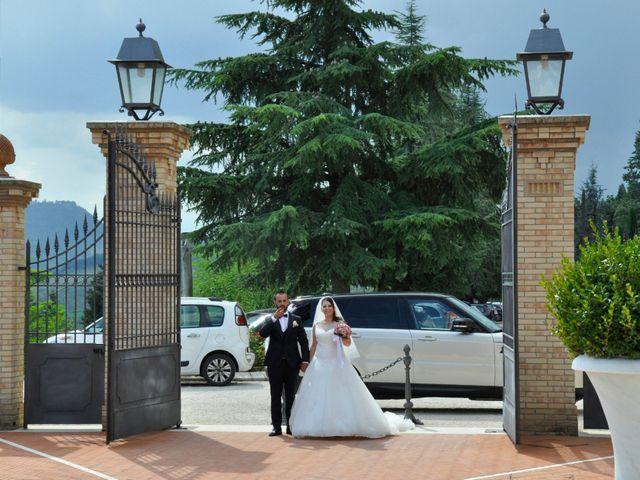 Il matrimonio di Sara e Francesca a Fermo, Fermo 18