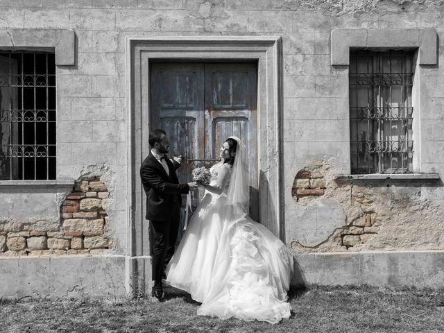 Il matrimonio di Sara e Francesca a Fermo, Fermo 23