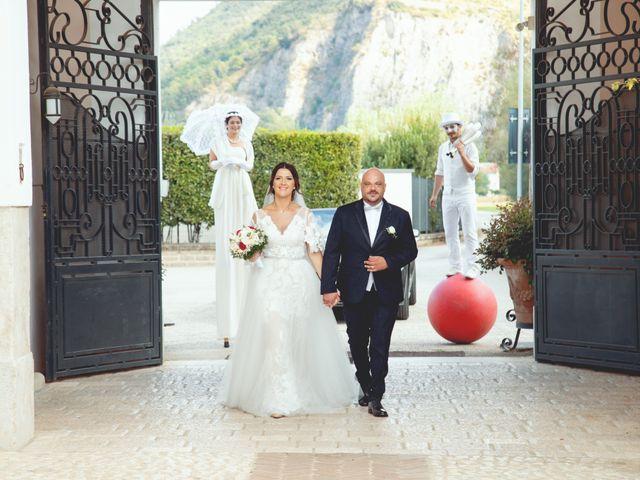 Il matrimonio di Enzo e Imma a Volla, Napoli 10