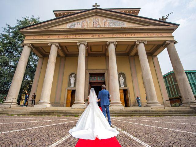 Il matrimonio di Vincenzo e Federica a Fara Gera d'Adda, Bergamo 24