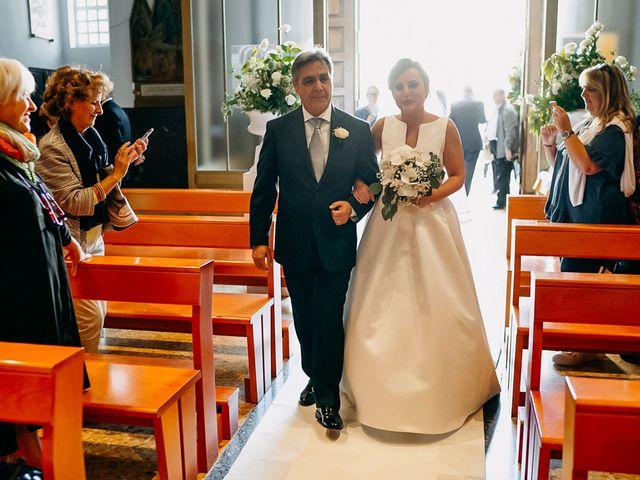 Il matrimonio di Mario e Maria Chiara a Foggia, Foggia 27