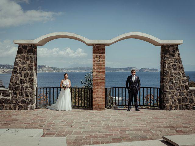 Il matrimonio di Miriam e Agostino a Pozzuoli, Napoli 57