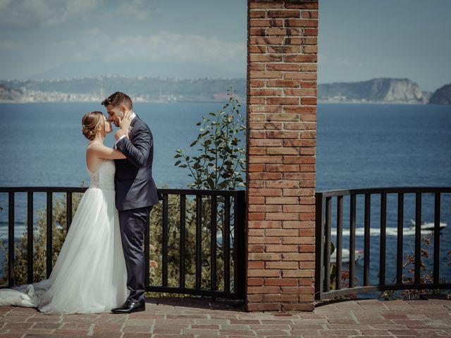 Il matrimonio di Miriam e Agostino a Pozzuoli, Napoli 112