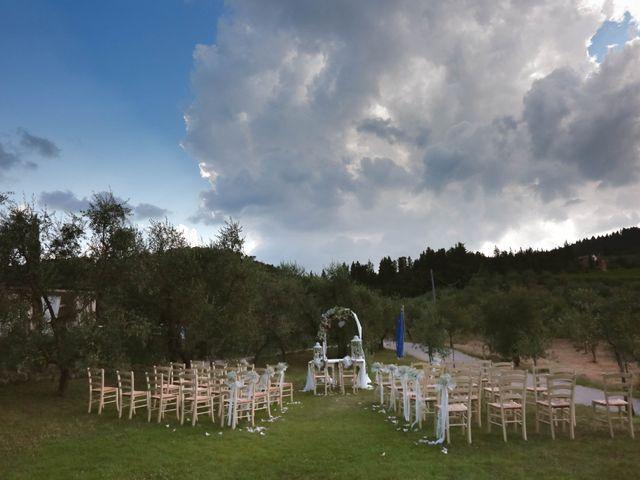 Il matrimonio di Andrea e Elisabetta a Carmignano, Prato 6