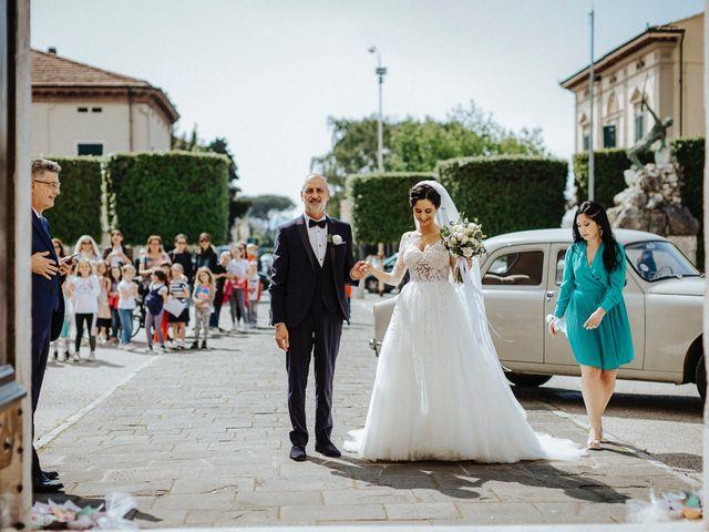 Il matrimonio di Stefano e Sara a Lucca, Lucca 37
