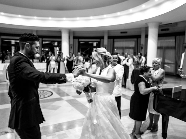 Il matrimonio di Francesco e Beky a Crotone, Crotone 23