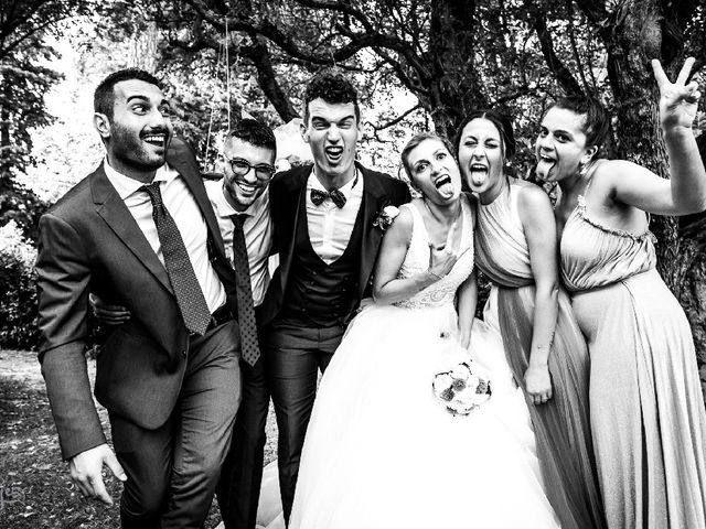 Il matrimonio di Matteo  e Milena  a Montecosaro, Macerata 3