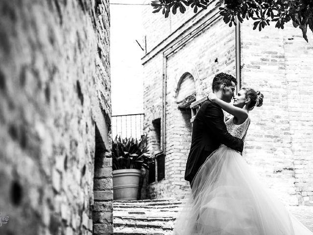 Il matrimonio di Matteo  e Milena  a Montecosaro, Macerata 4