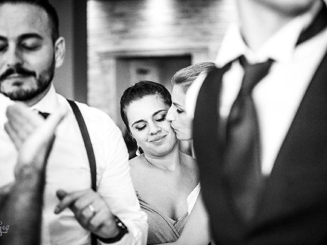 Il matrimonio di Matteo  e Milena  a Montecosaro, Macerata 9