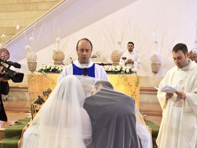Il matrimonio di Peppe e Angela a Villaricca, Napoli 8