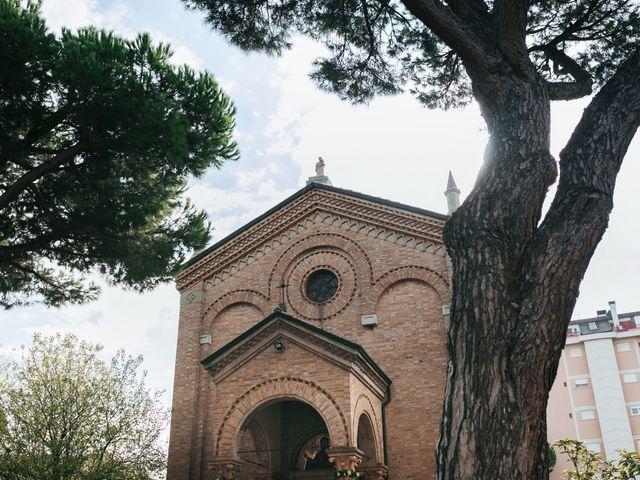Il matrimonio di Emanuele e Maria Sara a Cesenatico, Forlì-Cesena 32