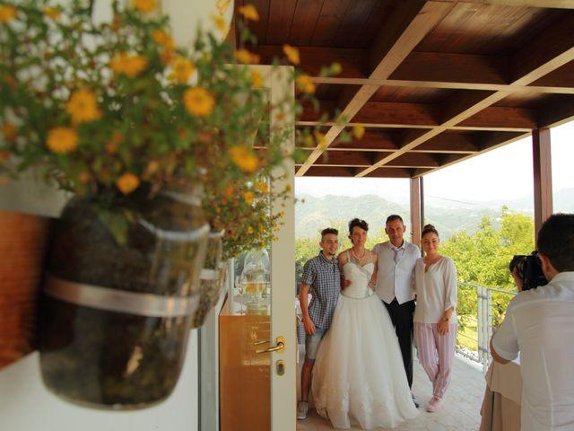 Il matrimonio di Cristian e Silvia a Cornedo Vicentino, Vicenza 27