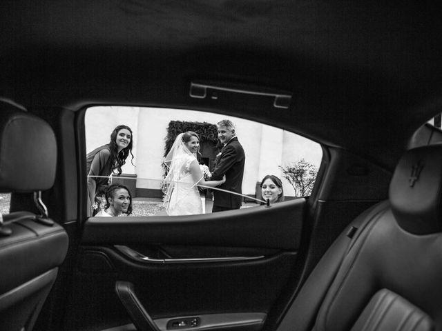 Il matrimonio di Matteo e Elisa a Rogno, Bergamo 15