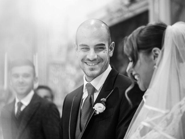 Il matrimonio di Matteo e Elisa a Rogno, Bergamo 16