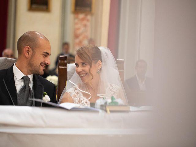Il matrimonio di Matteo e Elisa a Rogno, Bergamo 20