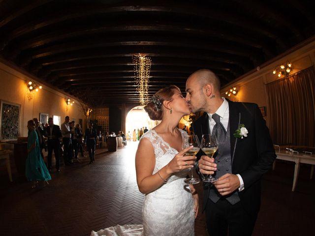 Il matrimonio di Matteo e Elisa a Rogno, Bergamo 28