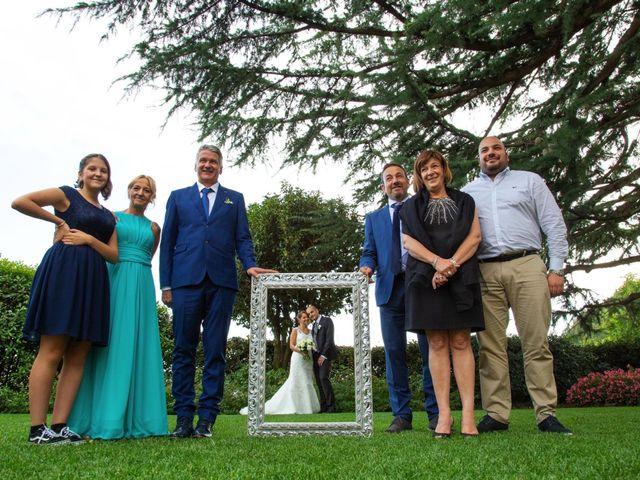 Il matrimonio di Matteo e Elisa a Rogno, Bergamo 34