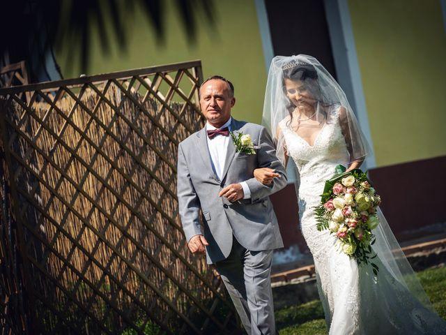 Il matrimonio di Gianluca e Stefania a Villarbasse, Torino 15