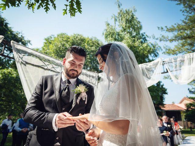 Il matrimonio di Gianluca e Stefania a Villarbasse, Torino 17