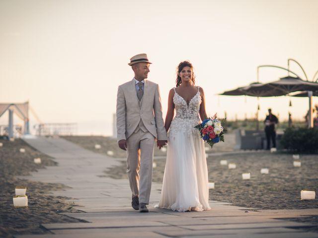 Il matrimonio di Erika e Nicola a Viareggio, Lucca 2
