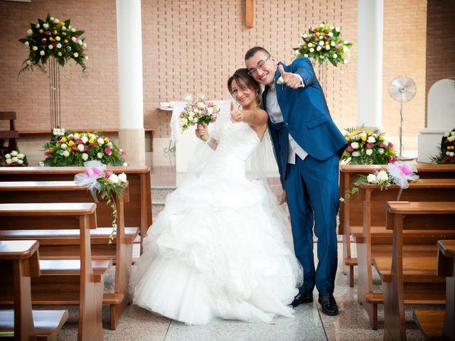 Il matrimonio di Luca e Fabrizia a Sulmona, L'Aquila 23