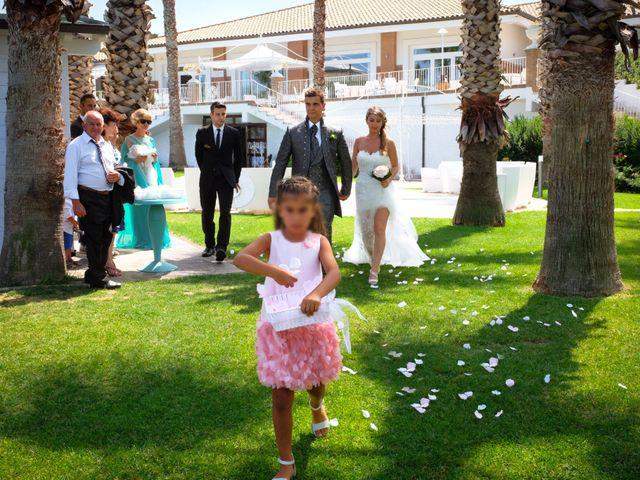 Il matrimonio di Antonio e Ilenia a Petacciato, Campobasso 9