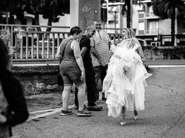 Il matrimonio di Jonathan e Vittoria a Spotorno, Savona 6