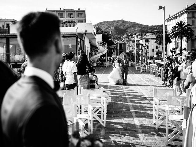 Il matrimonio di Jonathan e Vittoria a Spotorno, Savona 19