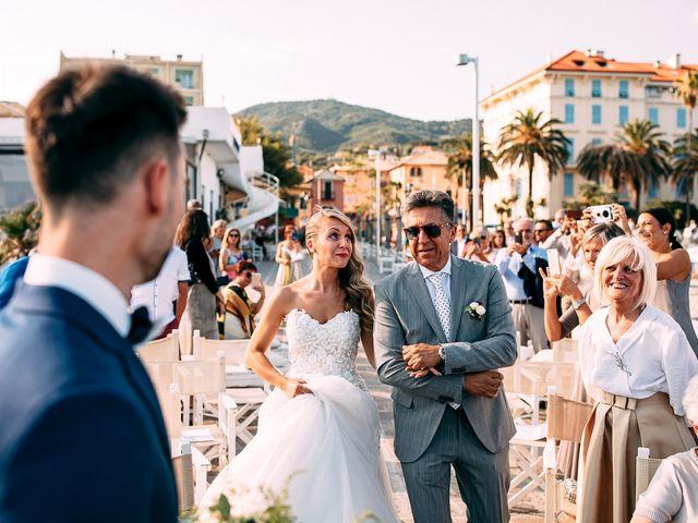 Il matrimonio di Jonathan e Vittoria a Spotorno, Savona 20