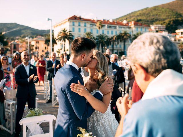 Il matrimonio di Jonathan e Vittoria a Spotorno, Savona 32