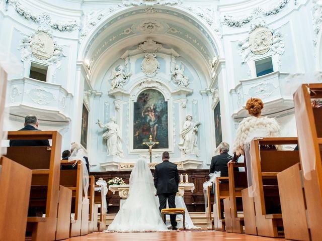 Il matrimonio di Laura e Giuseppe a Moscufo, Pescara 1