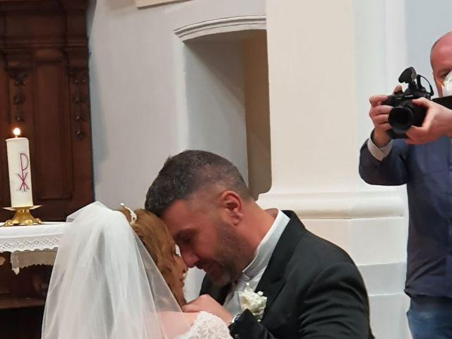 Il matrimonio di Laura e Giuseppe a Moscufo, Pescara 6