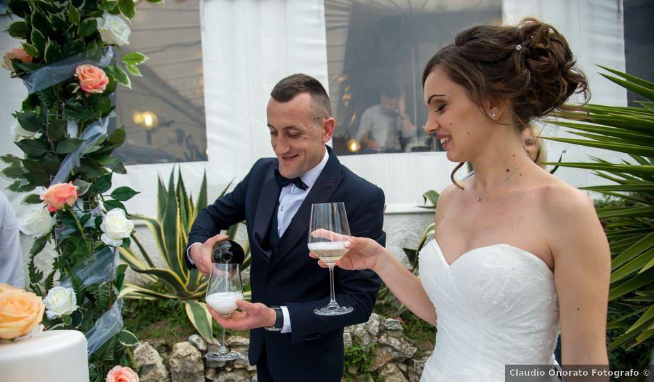 Il matrimonio di Elton e Alma a Genova, Genova