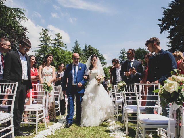 Il matrimonio di Mattia e Sara a Erba, Como 20