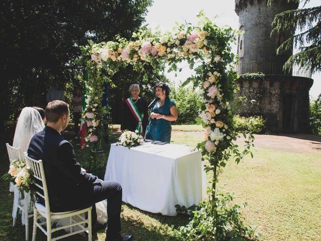 Il matrimonio di Mattia e Sara a Erba, Como 22