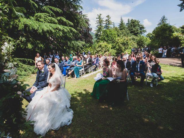 Il matrimonio di Mattia e Sara a Erba, Como 25