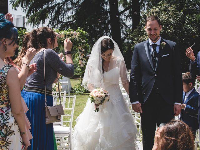 Il matrimonio di Mattia e Sara a Erba, Como 33
