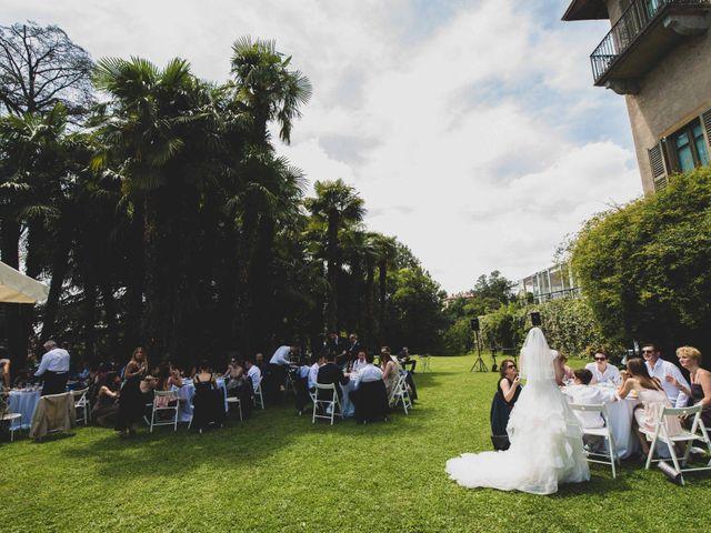 Il matrimonio di Mattia e Sara a Erba, Como 41