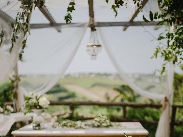 Il matrimonio di Fabrizio e Hannah a Chieti, Chieti 12