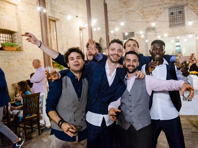 Il matrimonio di Mattia e Chiara a Montefano, Macerata 32