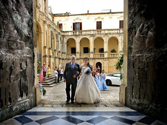 Il matrimonio di Davide e Daisy a Lecce, Lecce 16