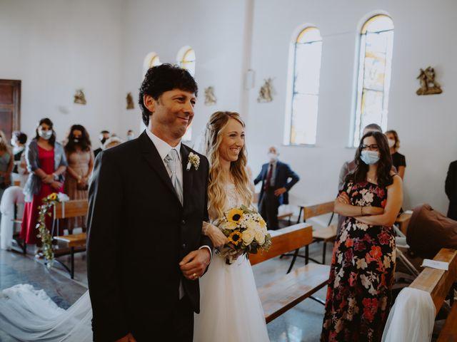 Il matrimonio di Luigi e Maria a Città Sant'Angelo, Pescara 18