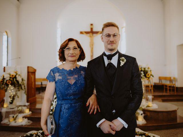 Il matrimonio di Luigi e Maria a Città Sant'Angelo, Pescara 74