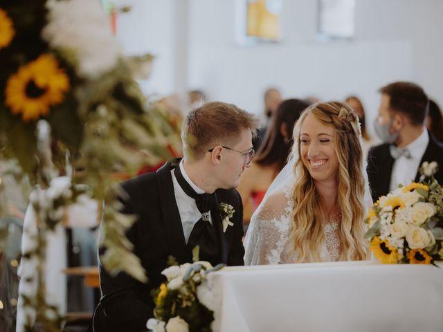 Il matrimonio di Luigi e Maria a Città Sant'Angelo, Pescara 77