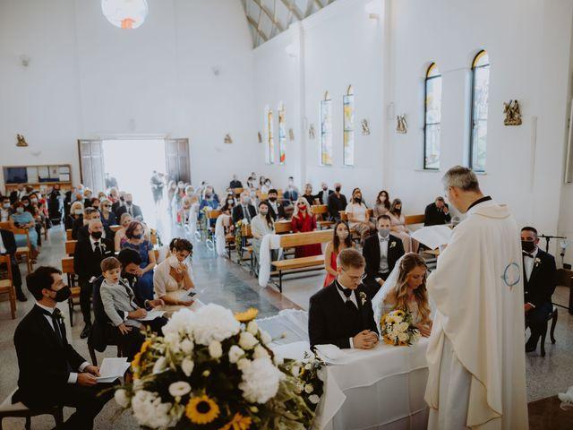 Il matrimonio di Luigi e Maria a Città Sant'Angelo, Pescara 79