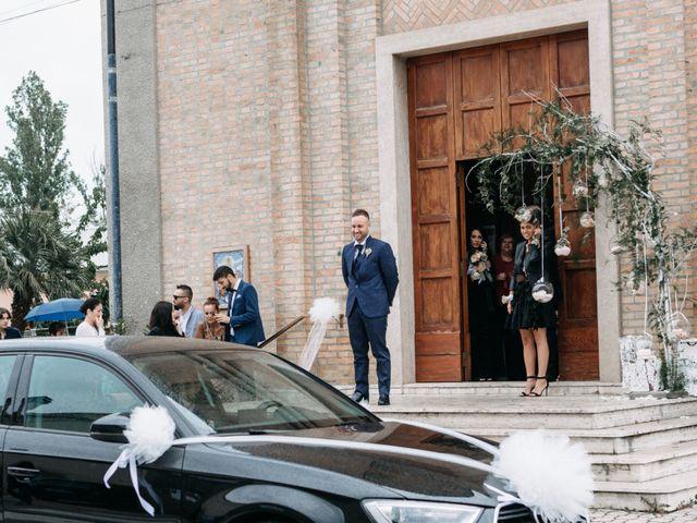 Il matrimonio di Mirco e Martina a Mondolfo, Pesaro - Urbino 46